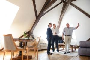 Ihr Steuerberater in Frankfurt und Weinheim: Termin bei einem Mandanten